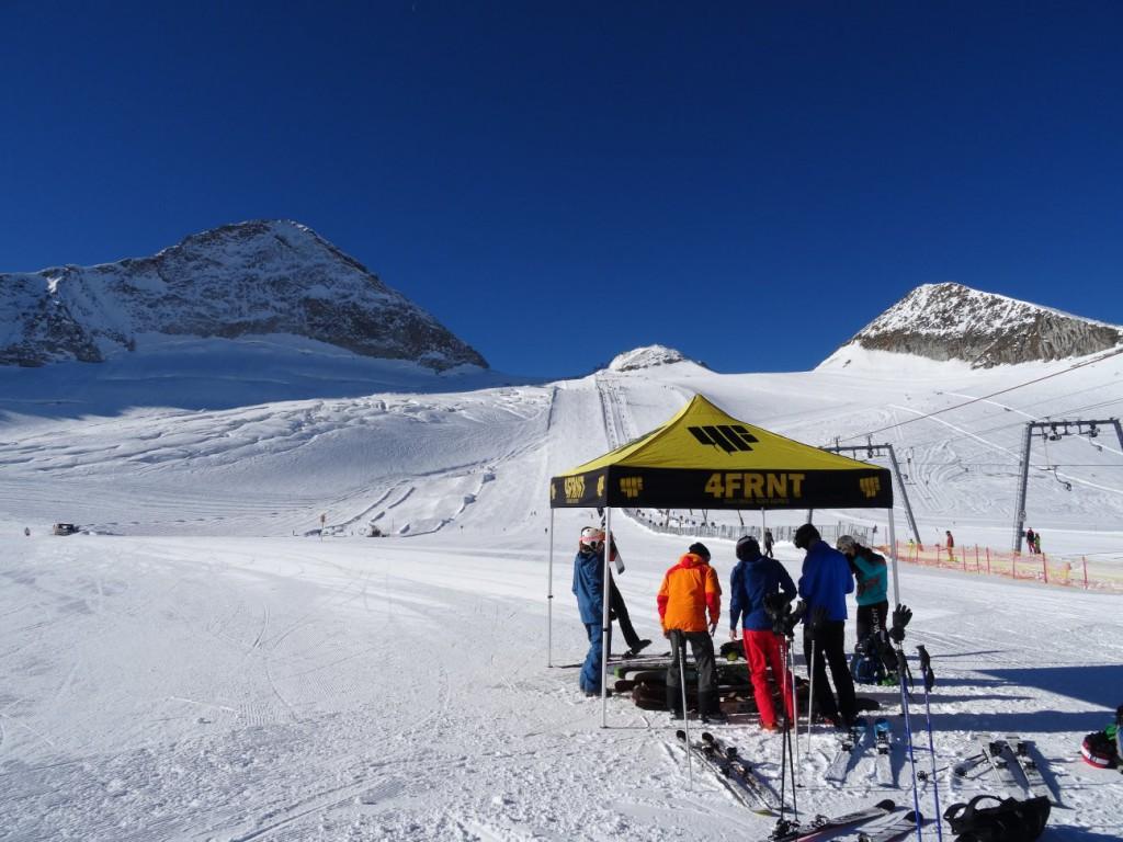 Der 4Frnt Teststand auf+m Gletscher