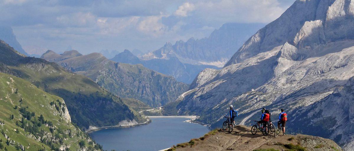 Permalink auf:Vier-Tages-Freeride-Runde in den Dolomiten